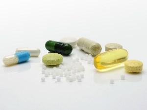 Falten vorbeugen durch Medikamente